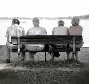 bench-930304_6401-300x285